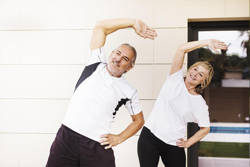 Exercícios físicos podem ser praticados em qualquer idade.