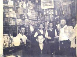 Família Valente reunida no Empório do Norte.