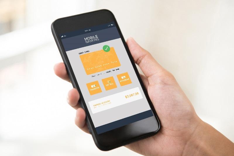 Celular com a aplicativo de um banco digital na tela.